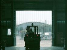 工場関連の透明間仕切りカーテン06