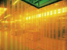 工場関連の透明間仕切りカーテン01